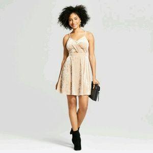 Women xhilaration dress